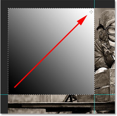 Drawing a diagonal black to white gradient. Image © 2014 Photoshop Essentials.com