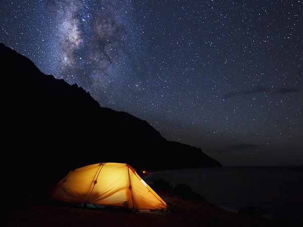 camping under the stars اصول برپایی کمپ در کوهستان